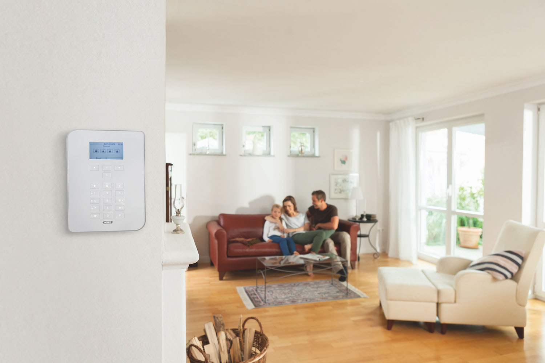 welche smarte alarmanlage kaufen home pioneers. Black Bedroom Furniture Sets. Home Design Ideas