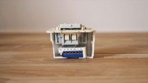 devolo Unterputz-Modul mit kleinem Schalter