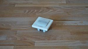 eQ-3 Homematic IP Schalteraktor für Markenschalter mit Signalleuchte