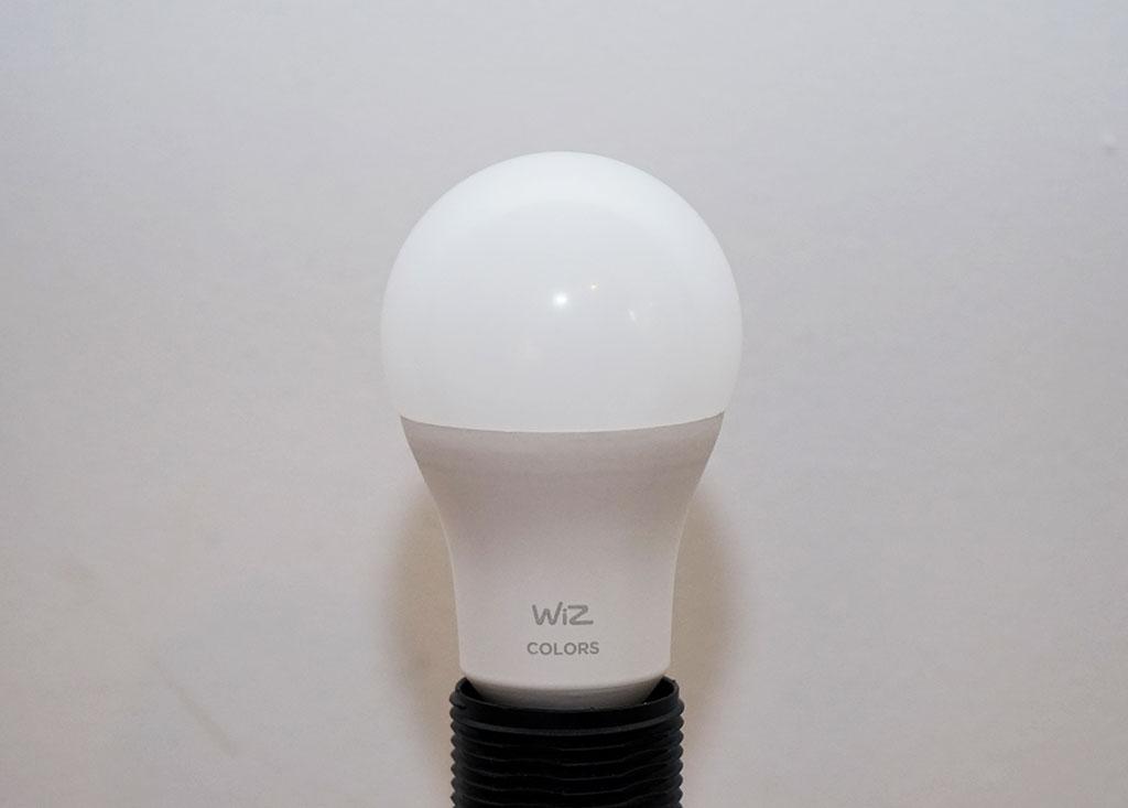 WiZ Test: Lampe Colors